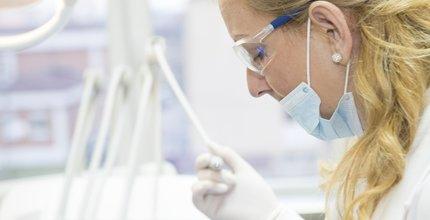 Como escolher uma franquia odontológica para investir?