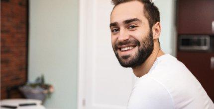 6 coisas que você precisa saber sobre Clareamento Dental